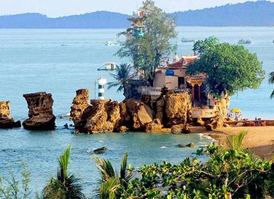 Dinh Cau Rock (Cau Temple)